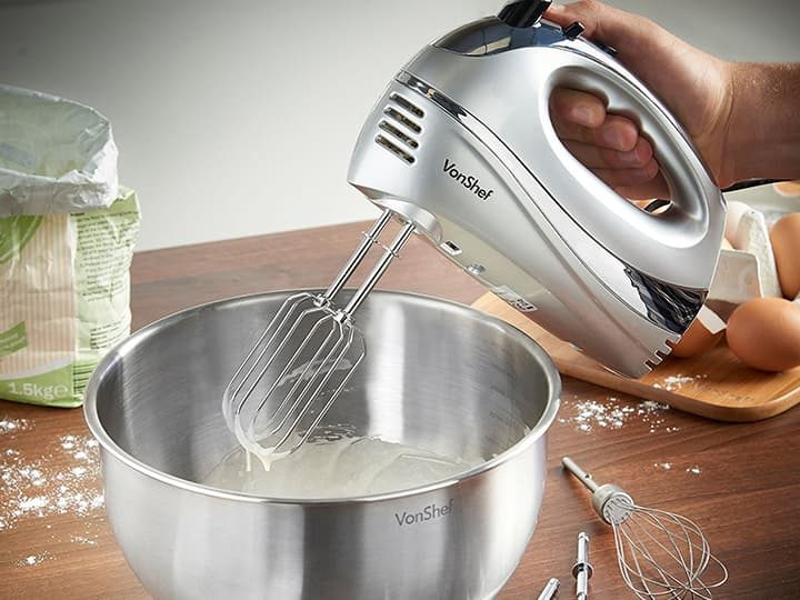 7 Best Hand Mixer for Baking 2020: Ultimate Review and Buying Guide 1